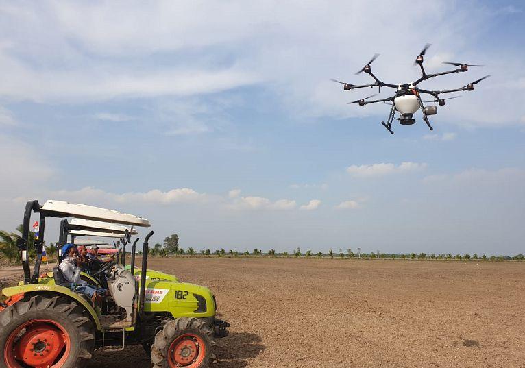 Manfaat Drone untuk Pertanian penanaman