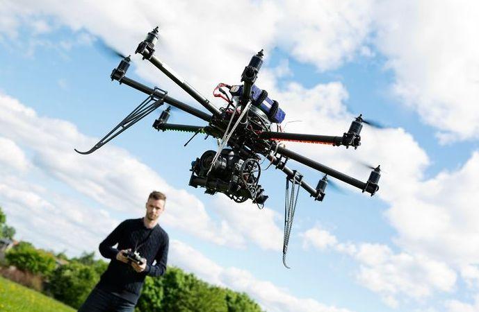 Tips Menerbangkan Drone Bagi Pemula