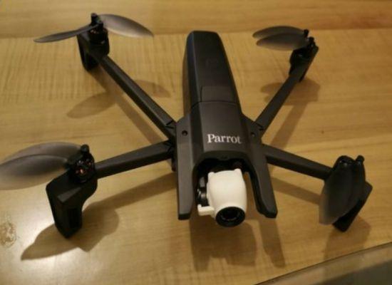 Drone Profesional Terbaik Parrot Anafi