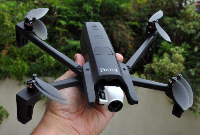 Drone Terbaik untuk Hadiah Natal PAROT ANAFI