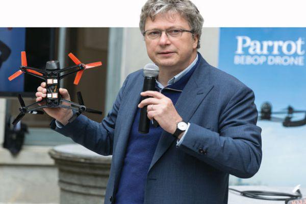 Perusahaan Pembuat Drone parrot