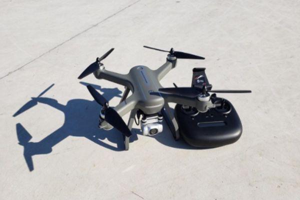 Drone Terbaik untuk Hari Valentine HS700